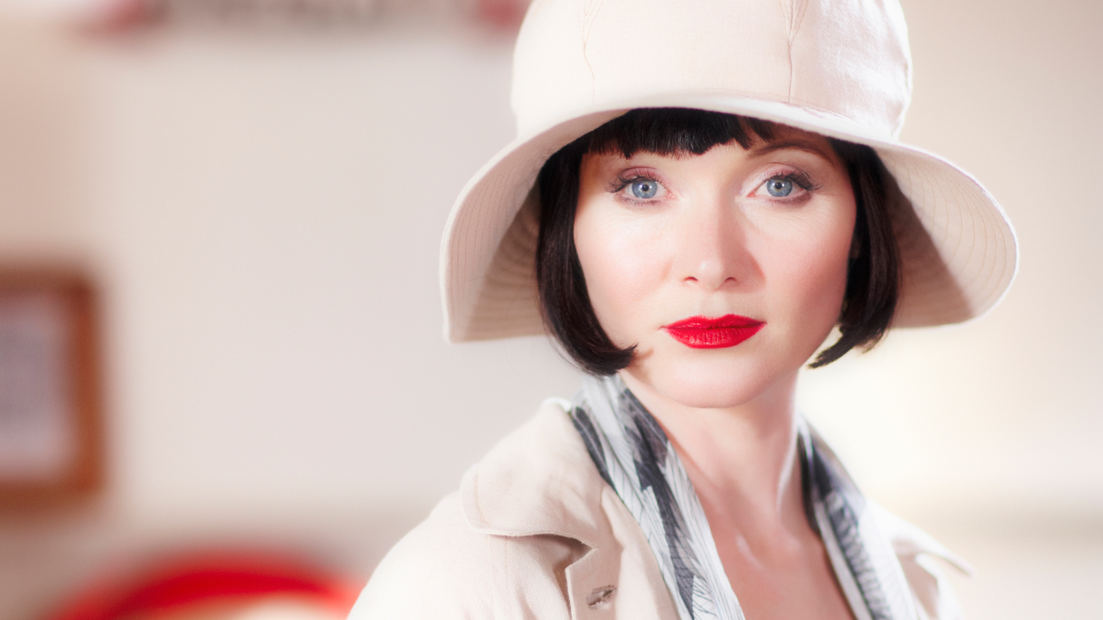 fbaa57cd7 Introducing Miss Phryne Fisher | Miss Fisher's Murder Mysteries ...