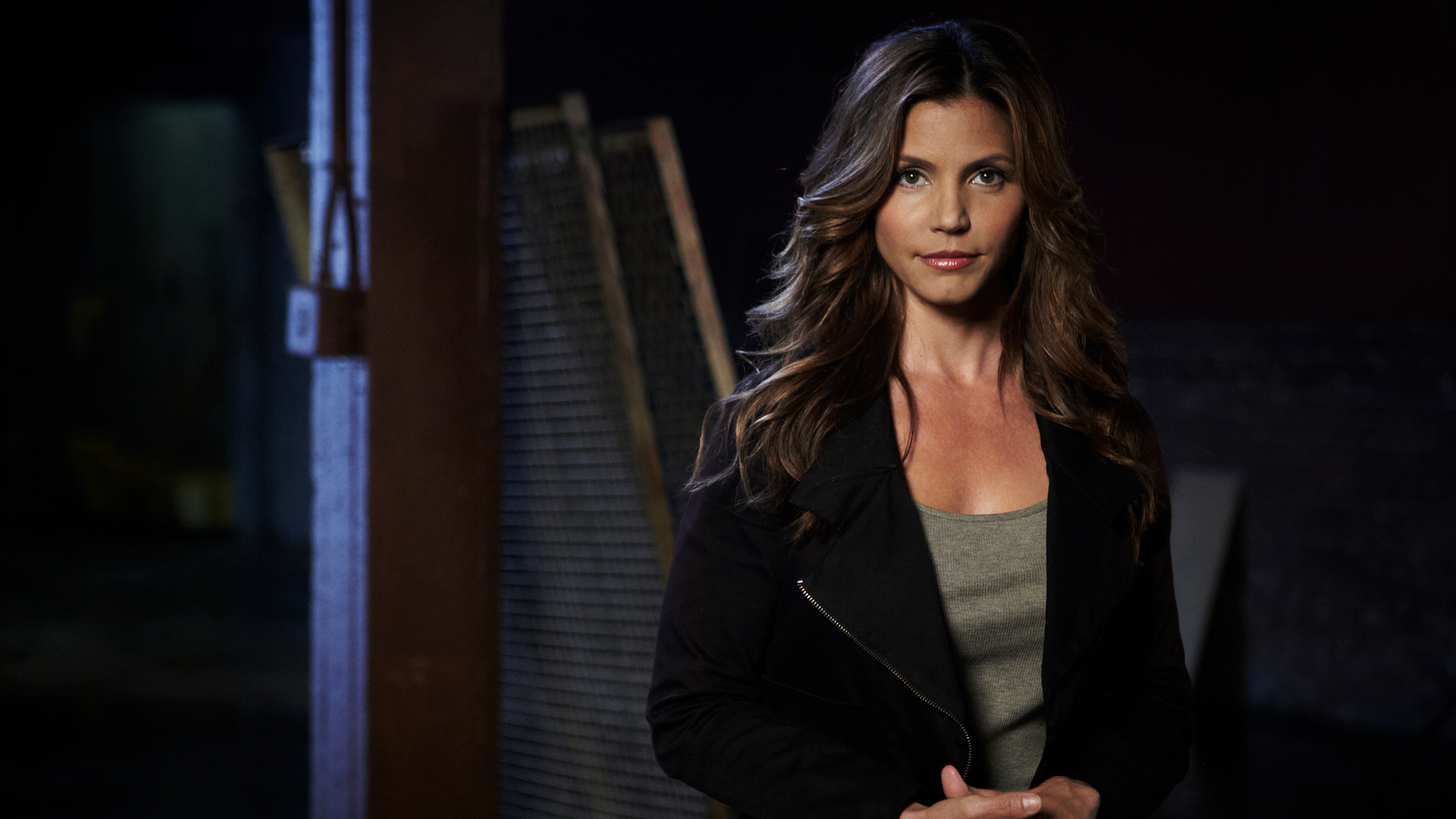 A LITTLE AFTER 1 AM ON AUG 15 1991 three friends arrived at Torrey Pines State Beach near San Diego to go for a swim Although Charisma Carpenter