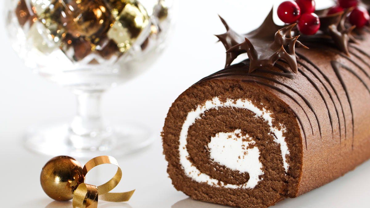 Mary Berry Ice Christmas Cake