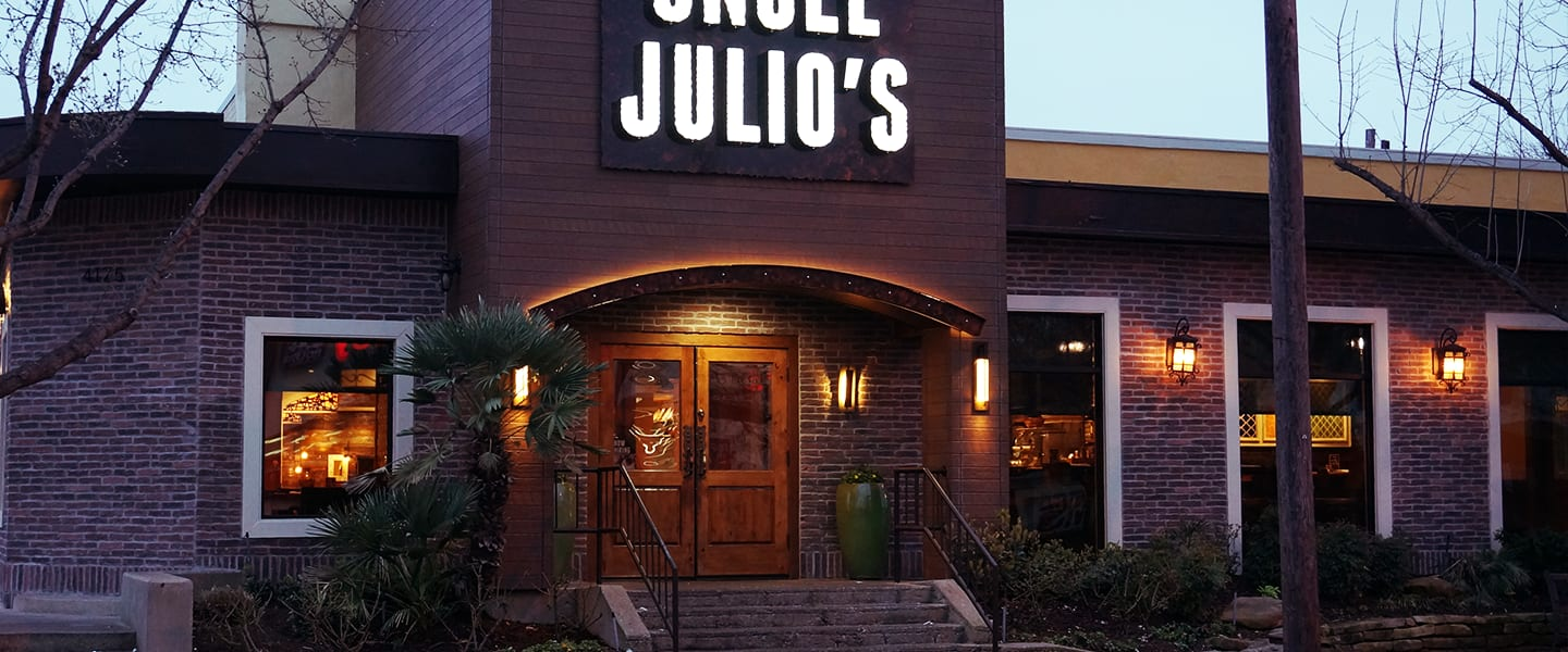 Terrific Mexican Restaurant Dallas Uncle Julios Download Free Architecture Designs Embacsunscenecom