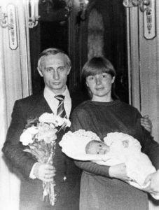Vladimir Putin-wife-daughter