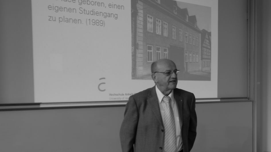Prof. Dr. Volkmar Richter