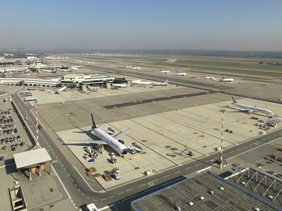 Transfer from Milan airport Malpensa to Milan