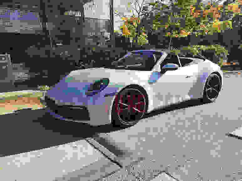 Alquiler Porsche 992 Cabrio en Florencia
