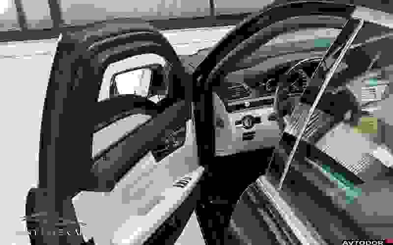 Арендовать Mercedes S600 Armored в аэропорту Турина