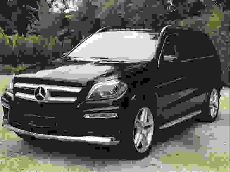 Alquiler Mercedes GL en Nápoles