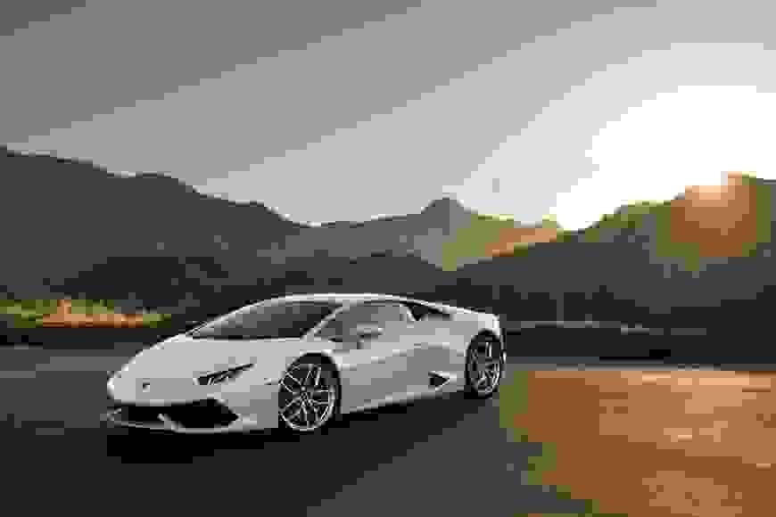 Noleggiare Lamborghini Huracan Coupe a Napoli