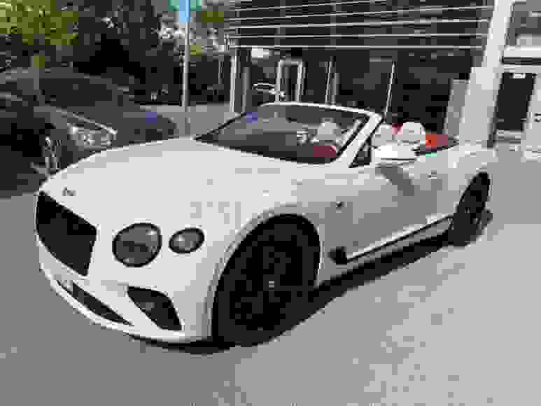 Alugue Bentley GTC em Londres