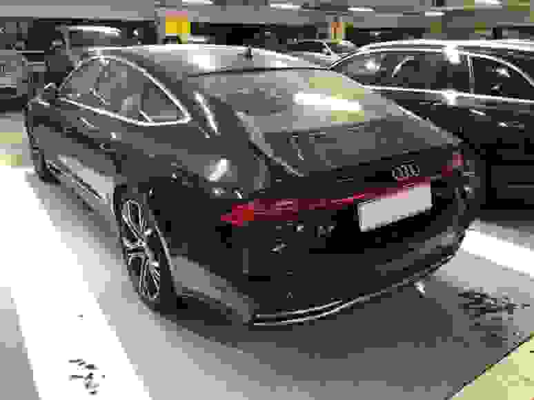 Rent Audi A7 in San Remo