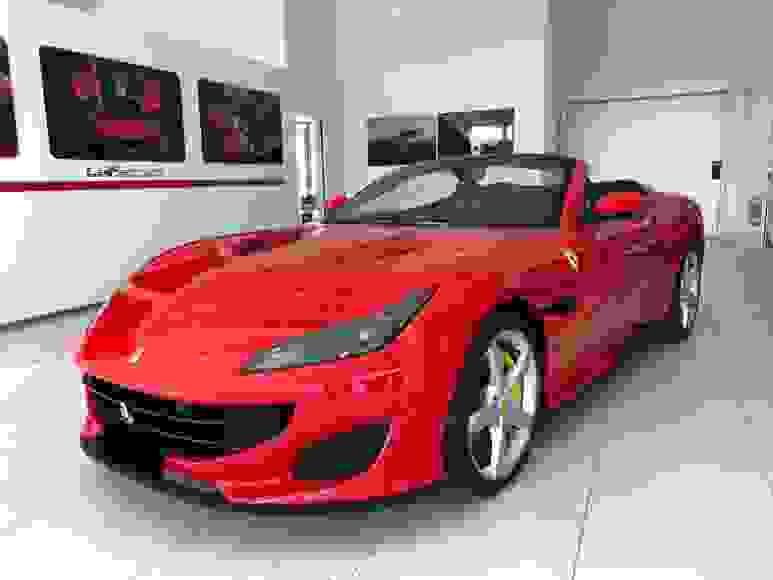 Alquiler Ferrari Portofino en Roma