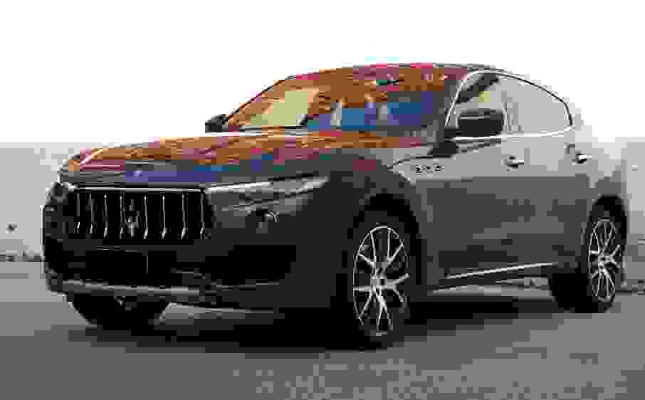 Alquiler Maserati Levante en Roma