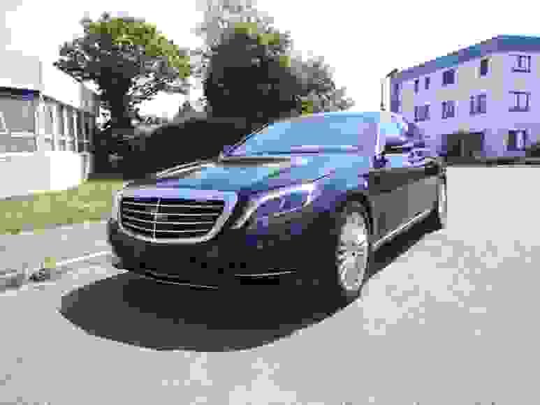 Alquiler Mercedes S W222 Armored en Nápoles