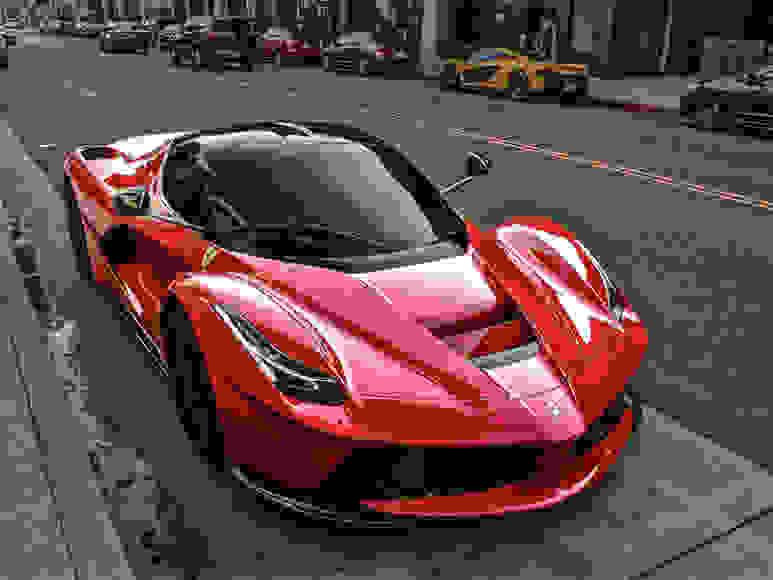 Alquiler Ferrari LaFerrari en Milán