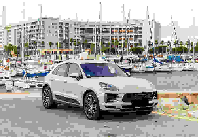 Alquiler Porsche Macan S en Nápoles
