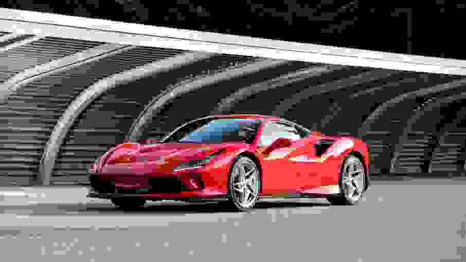 Noleggiare Ferrari F8 Tributo a Napoli