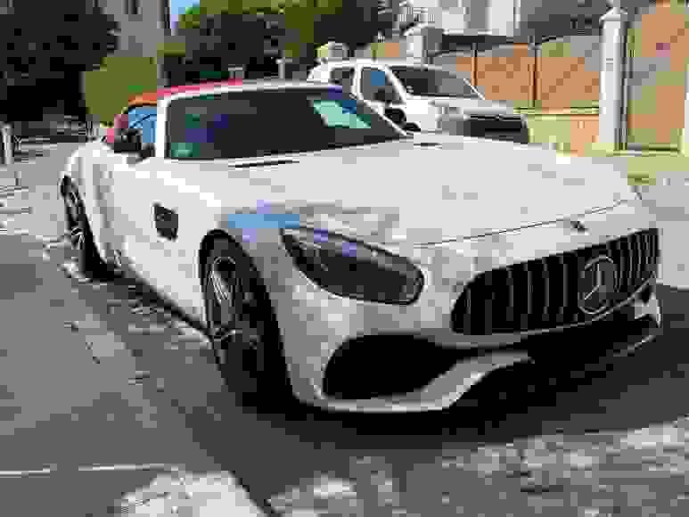 Alquiler Mercedes AMG GT Roadster  en Florencia