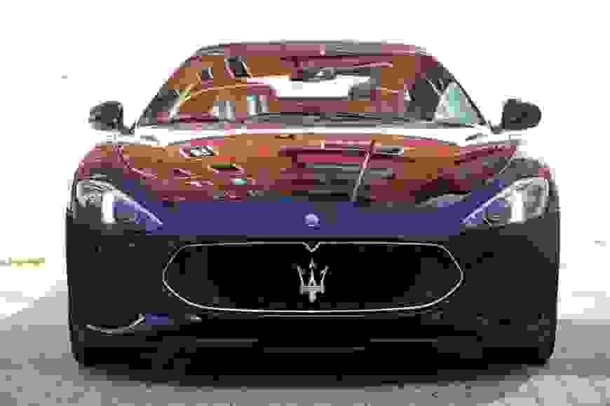 Alugue Maserati Gran Cabrio em Roma