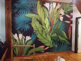 Installation de la toile murale photo 1