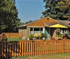 Our exterior fence painting services