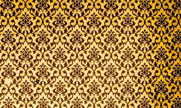 Cleaning wallpaper