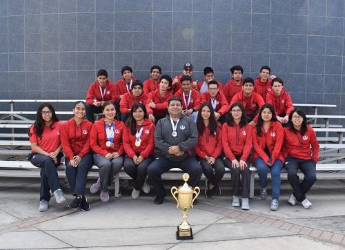 Nuestra selección de ajedrez obtuvo el campeonato en torneo interuniversitario internacional.