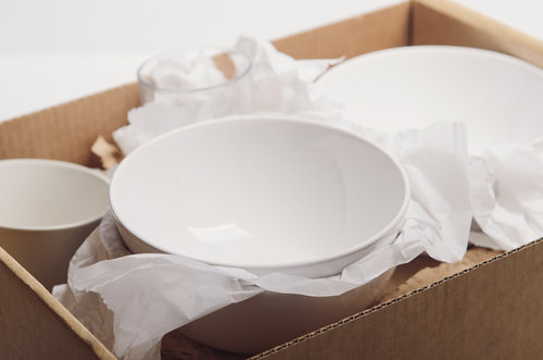 Pack Dishes Without Breaking Plates