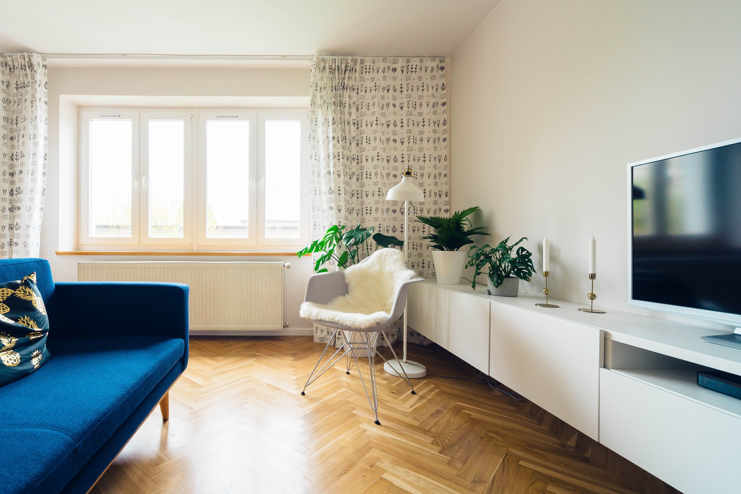 Home Essentials Checklist: What to Buy Before Moving In