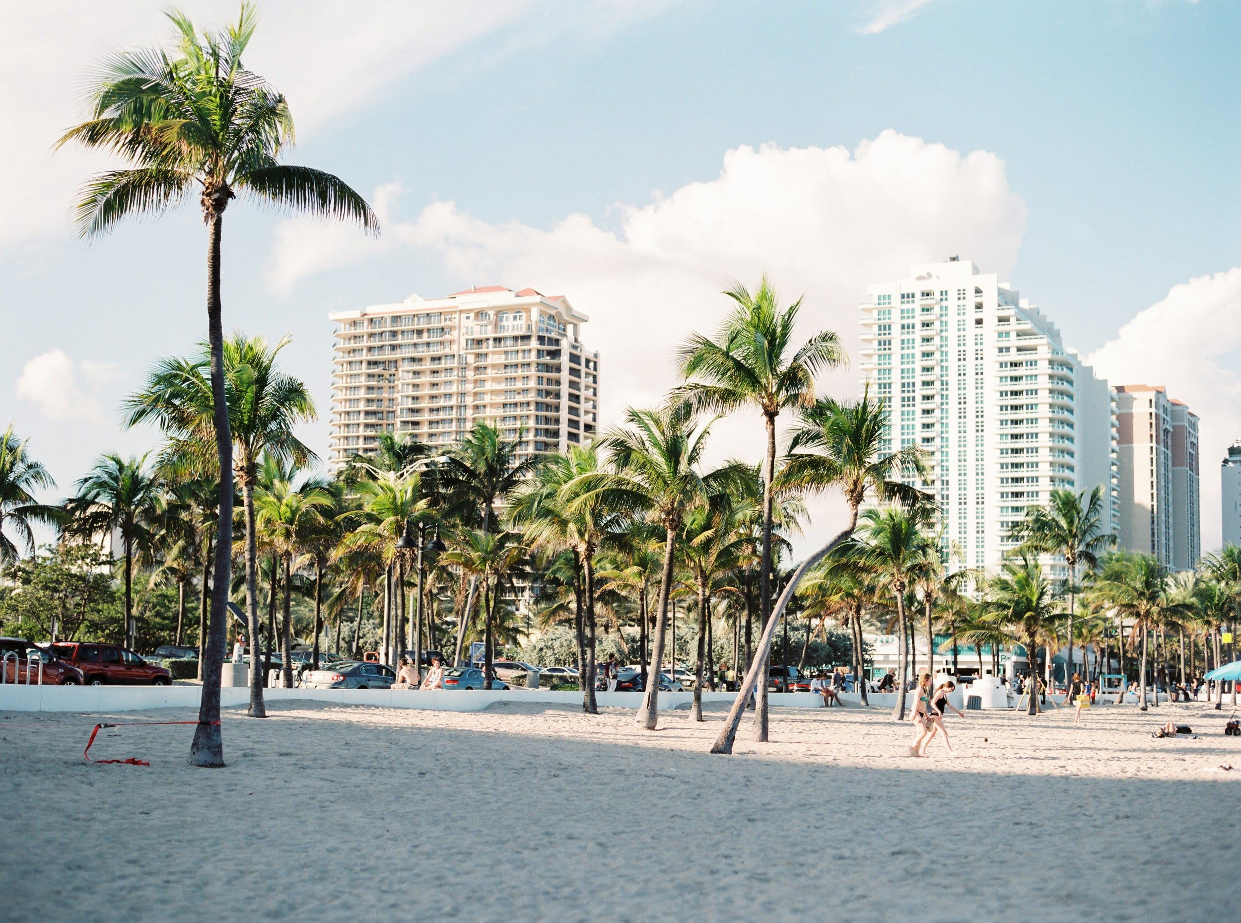Moving to Florida: Your Ultimate Guide