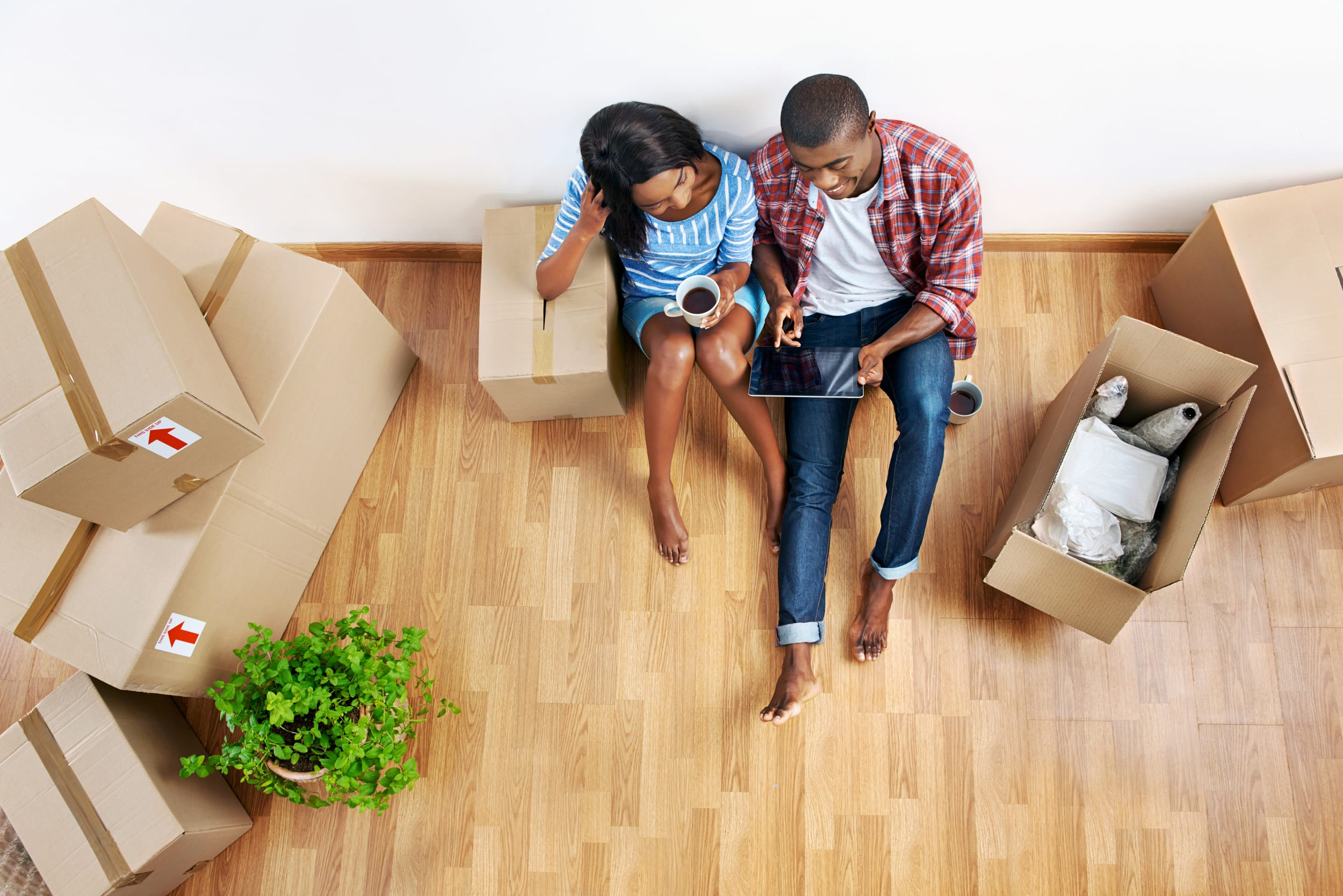 5 Things to Consider Before Moving In With a Significant Other