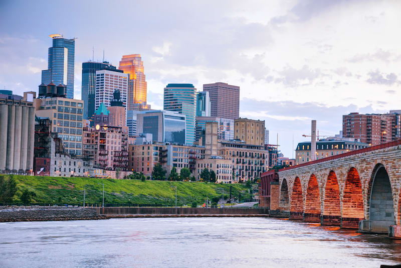 Best Moving Companies in Minneapolis: A Guide