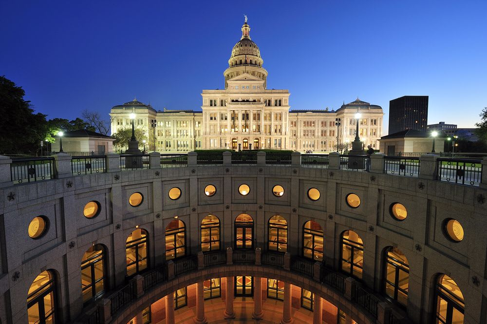 Austin is the City of Entertainment for Texas Movers