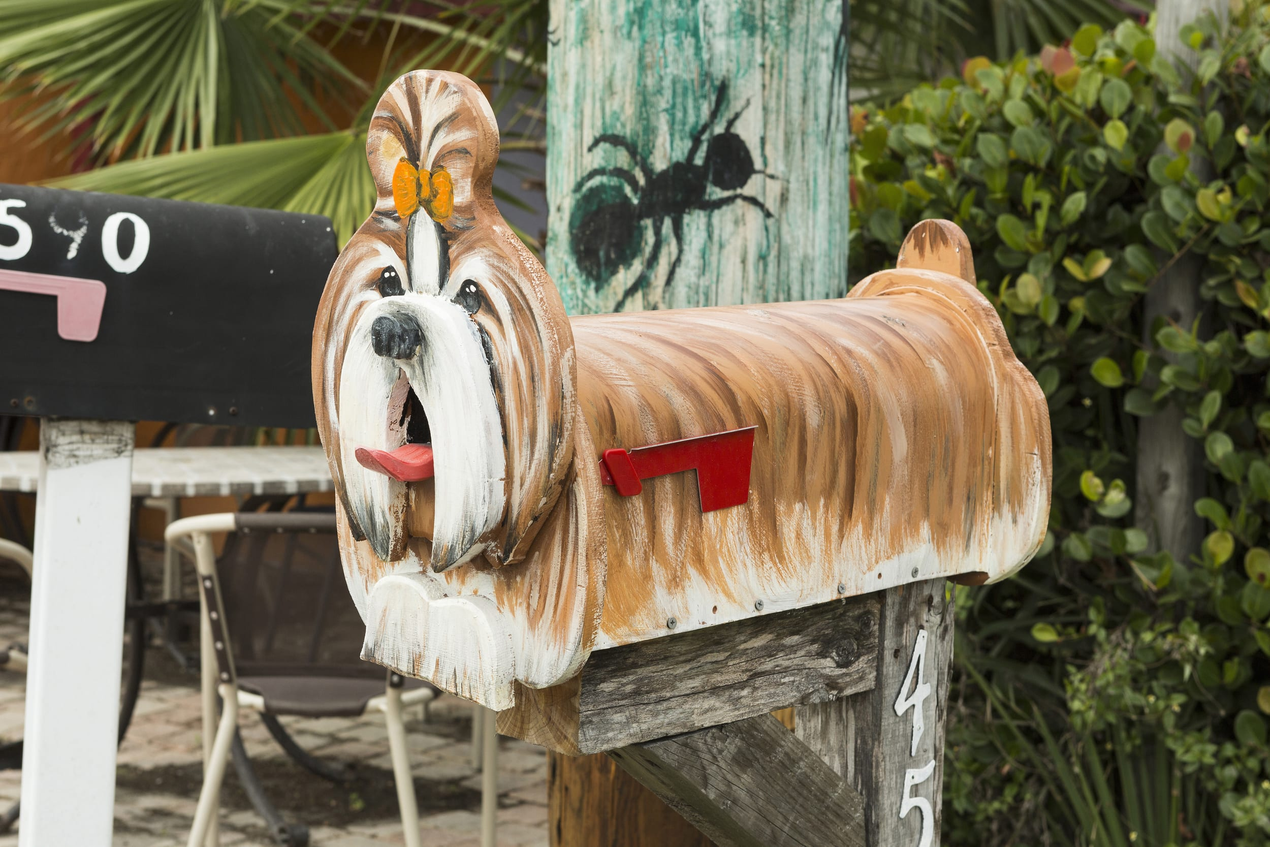 The World's Most Bizarre Mailboxes