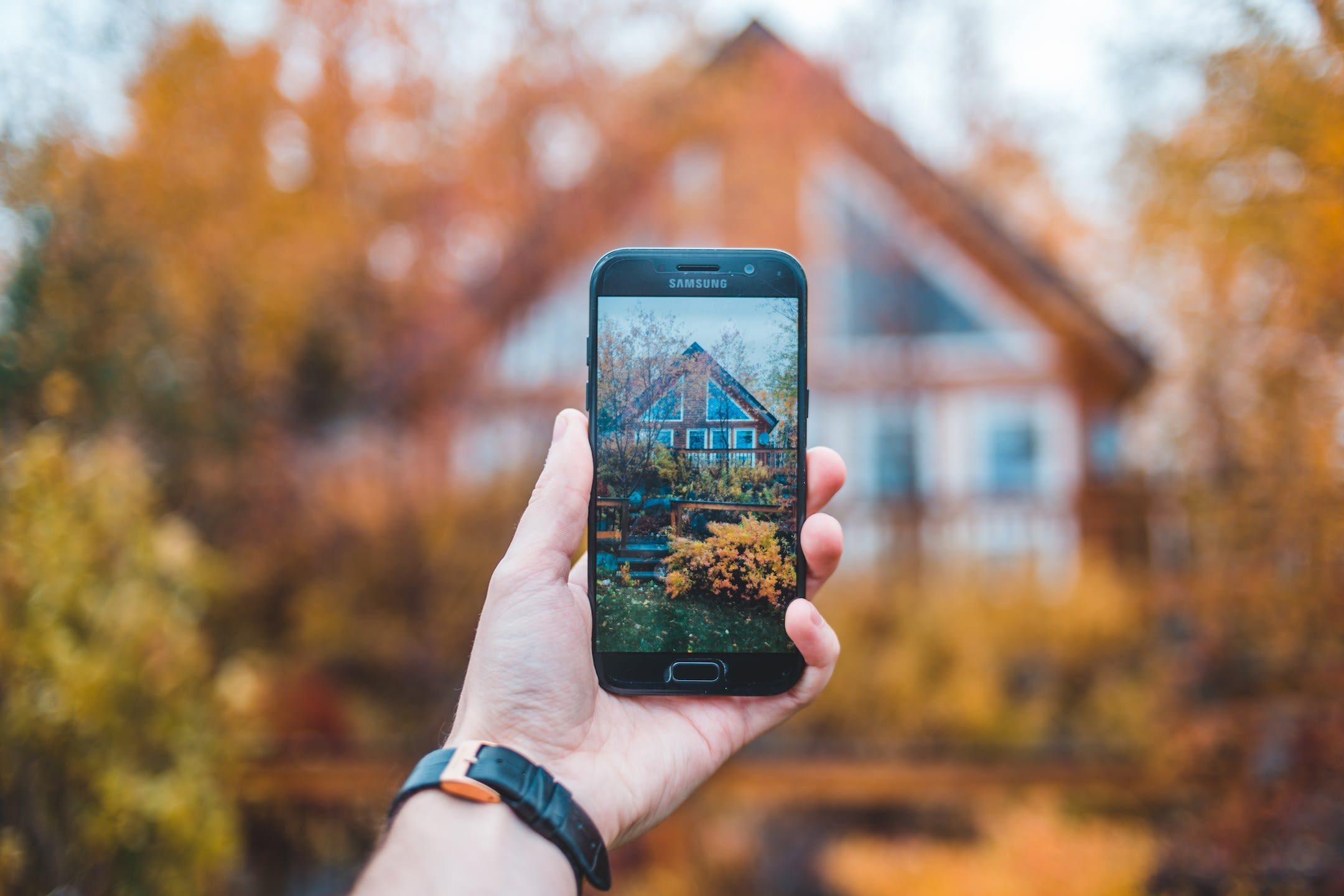 12 Strategies for Exceptional Real Estate Social Media