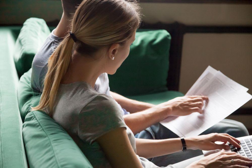 paperwork-breaking-a-lease