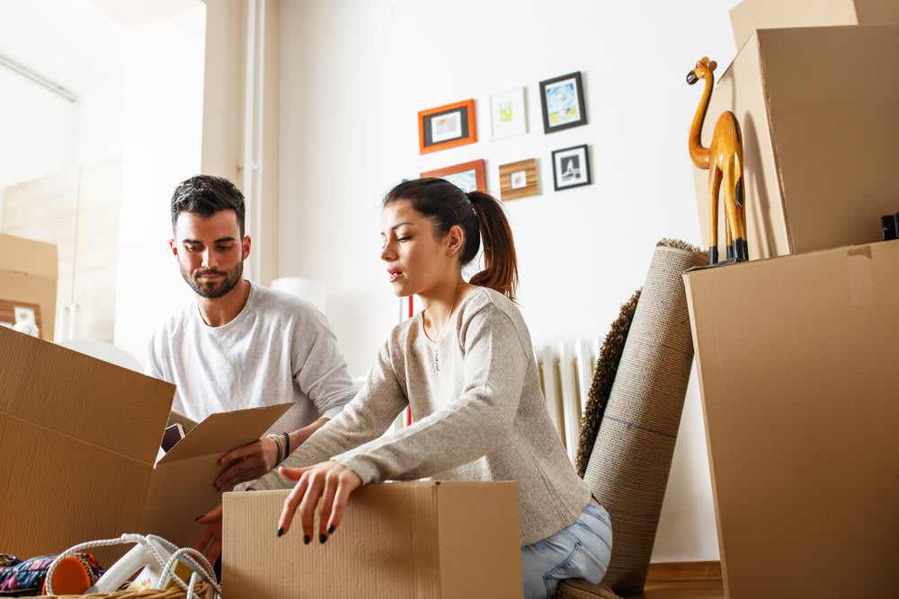 couple packing - common moving mistakes