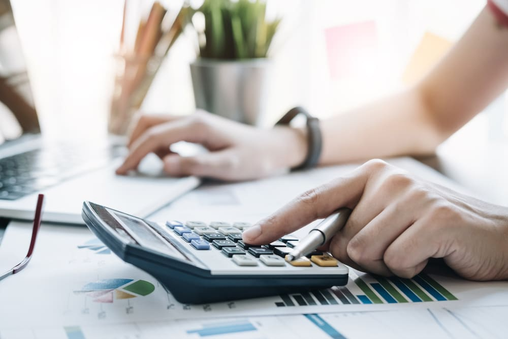Are Moving Expenses Tax Deductible for Your 2020 Returns