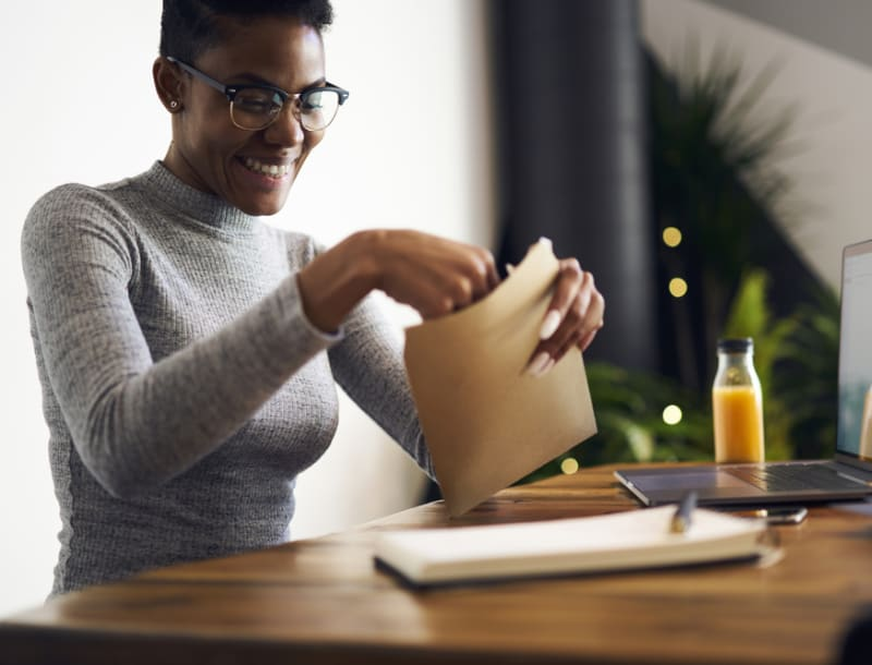 Moving in Together? Forwarding Your Mail Should Be a Top Priority