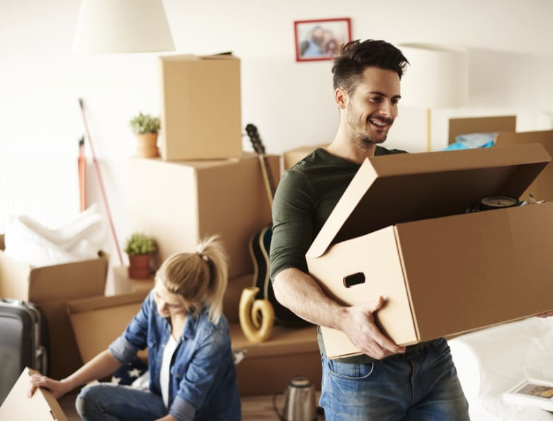 Moving in Together? Tips to Consolidate Your Belongings and Keep Costs Low