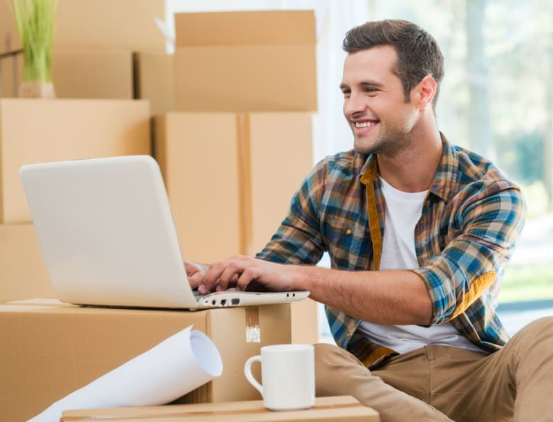 How to Set Up Internet & TV Services in Your First Apartment