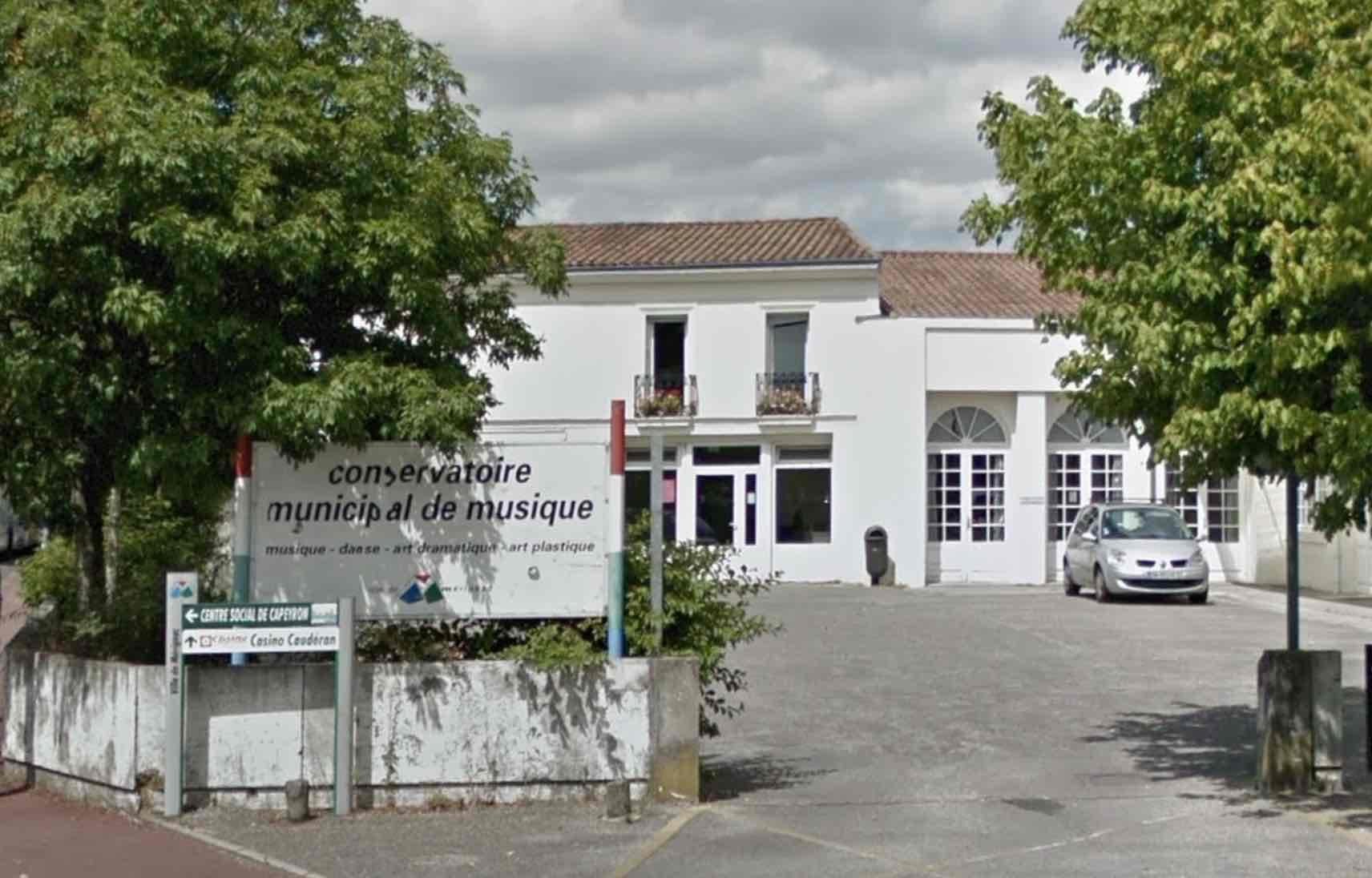 Location De Salle Des Fetes A Merignac Salle Municipale De Capeyron