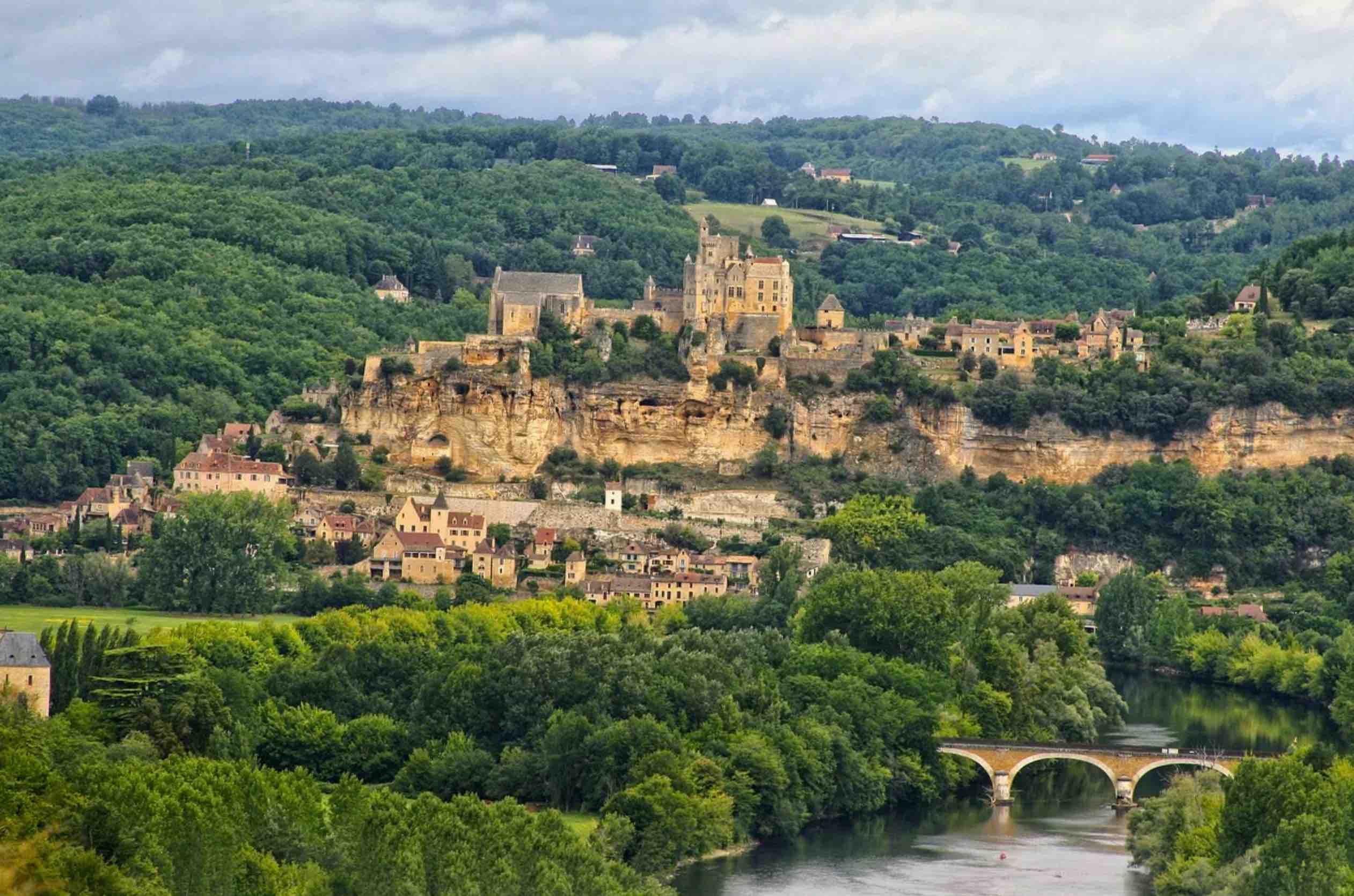 Location de salle des fêtes en Dordogne