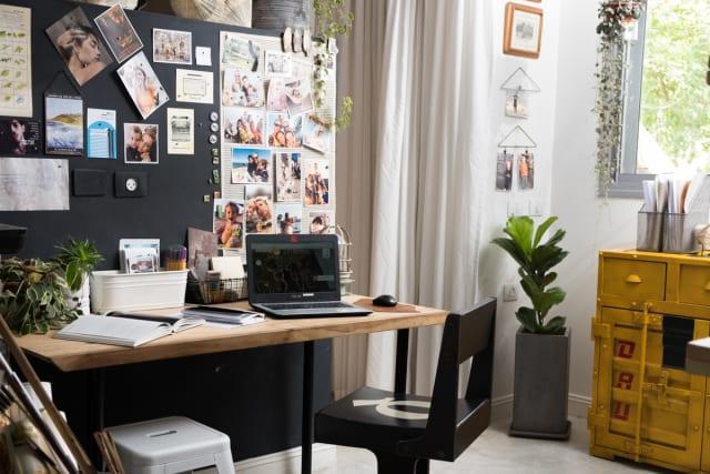 Maayan Ashkenazy's workspace from Women & Spaces by Emanuela Biener, photo by Maya Havkin