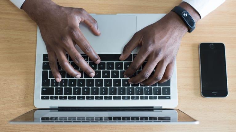 Sälj smartare med CRM & e-avtal webinar