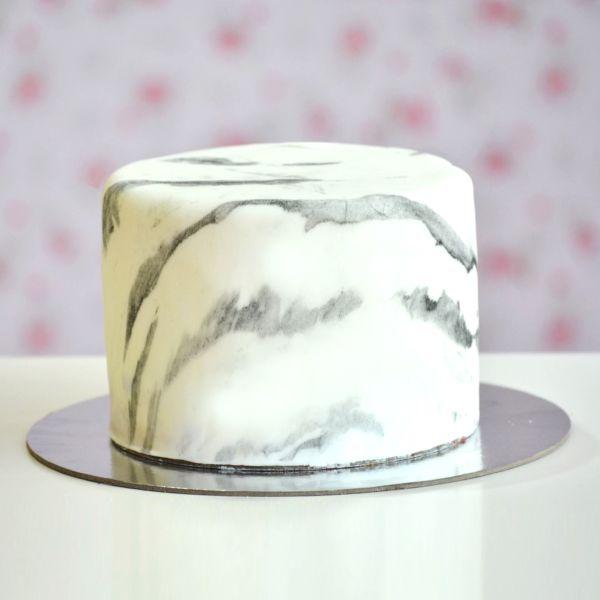 MARBLE Cake fondan | Buy Cakes Dubai