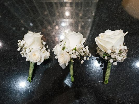 Bridal bouquets | Upscale and Posh Flowers Wedding service