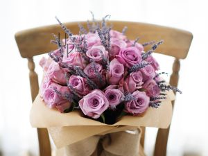 Premium pink Roses, Lavender | Buy Flowers in Dubai UAE | Gifts | Cakes