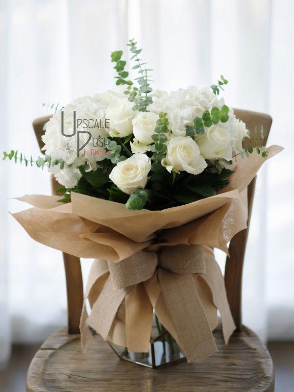 White Roses, Hydrangea   Buy Flowers in Dubai UAE   Gifts   Cakes