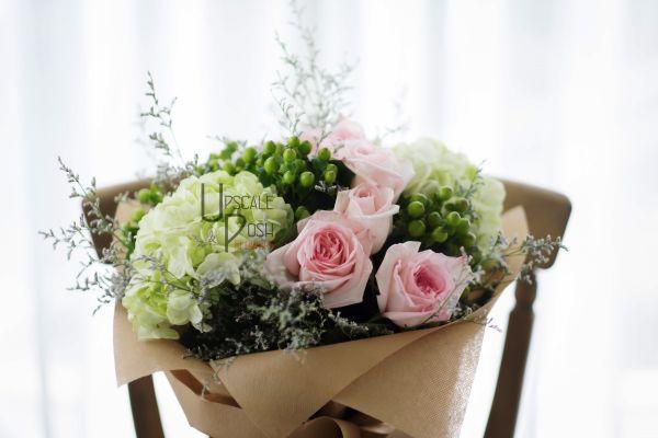 Premium pink Roses Hydrangea | Buy Flowers in Dubai UAE | Gifts | Cakes