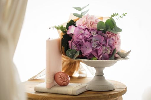 Hydrangea, Eucalyptus | Buy Flowers in Dubai UAE | Gifts | Cakes