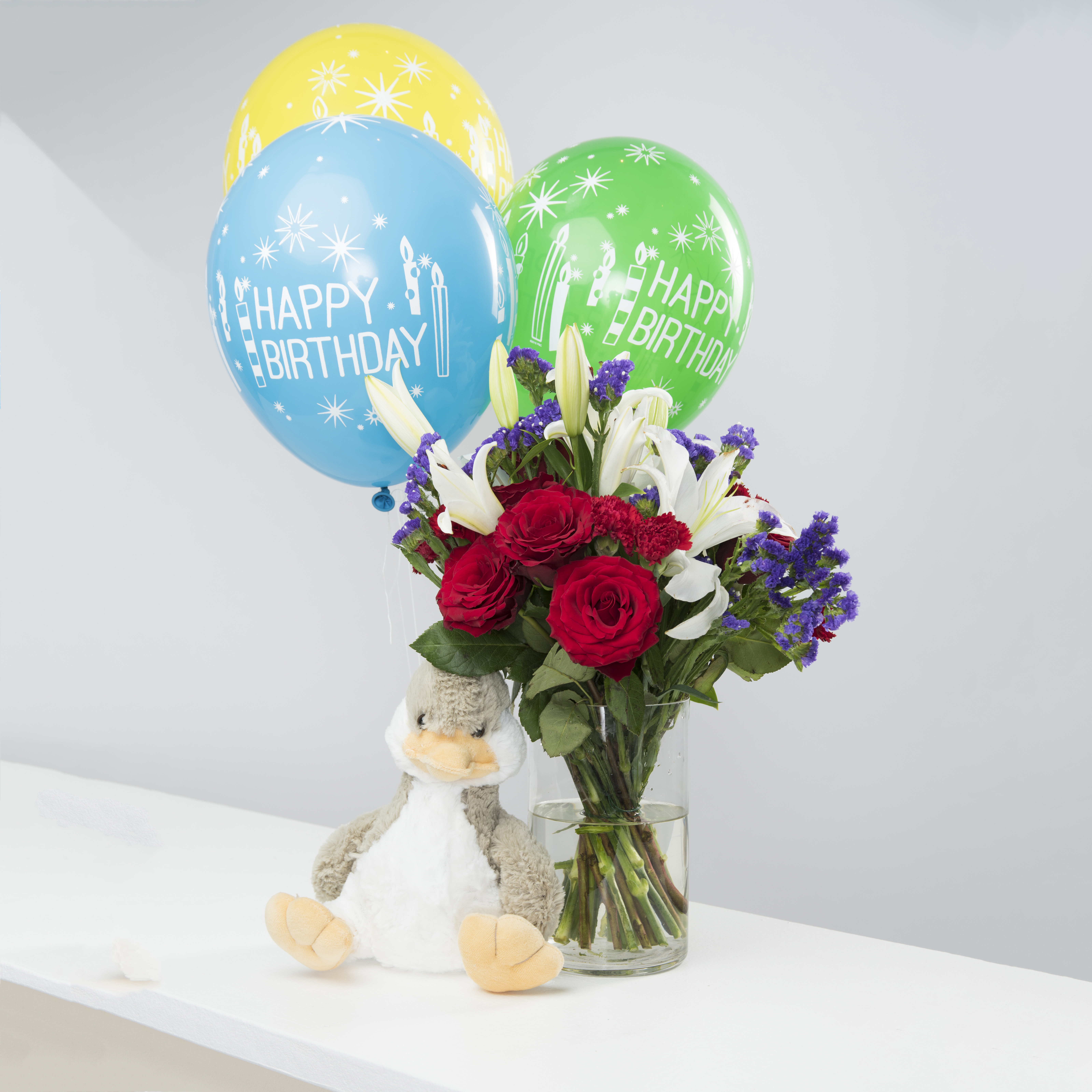 Happy Ducky Birthday Combo Flower Delivery In Dubai